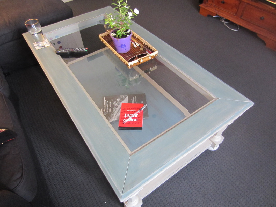 shabby-chic glass top coffee table - casa9